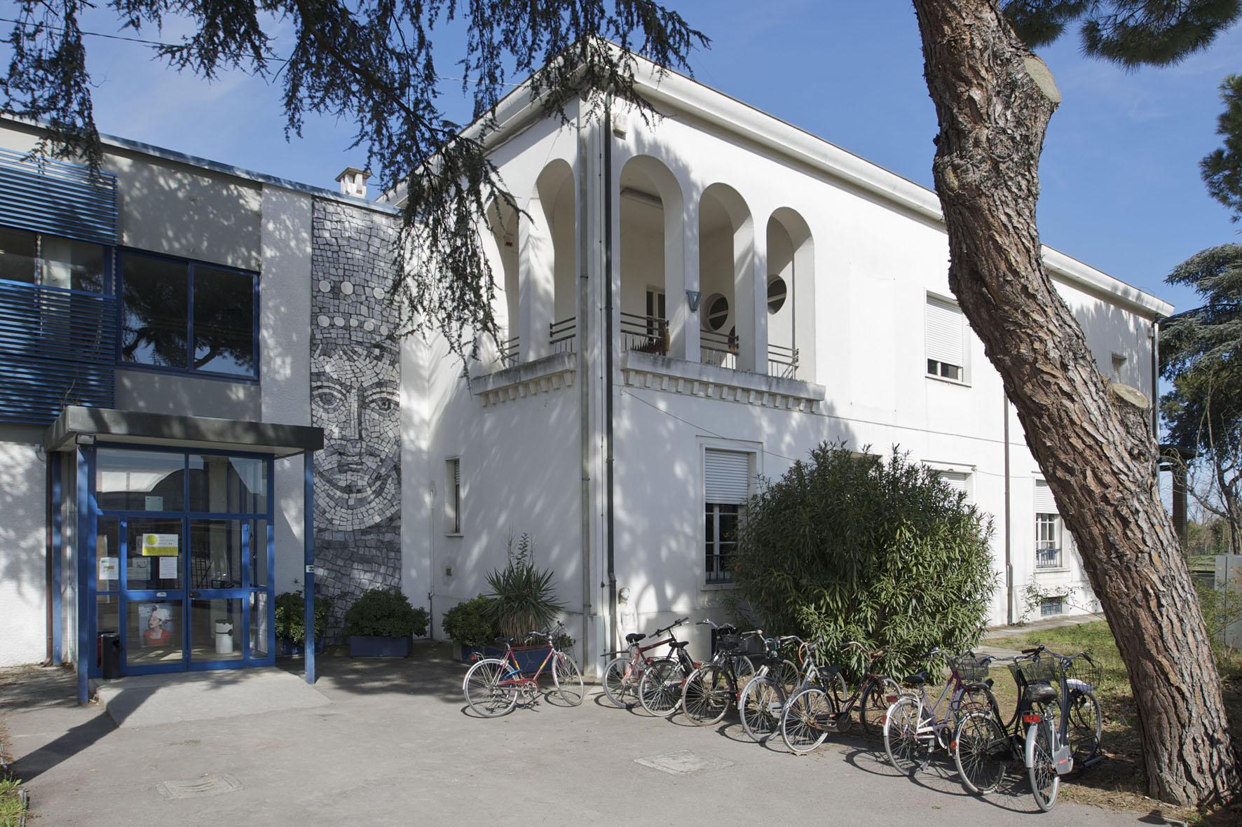 Accademia di belle arti di ravenna via delle industrie 76 for Accademia belle arti design