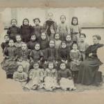 una classe femminile dei primi del '900